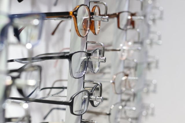 lunettes chez l'opticien